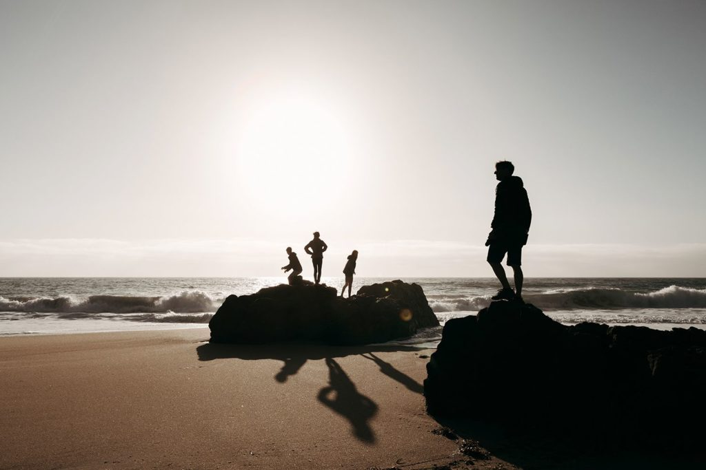 Photography Tips - Ocean with beach in low light